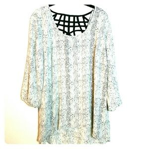 Black and White Patterned Tunic Top